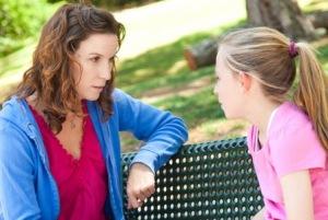 Pogovorite se s hčerko, preden dobi 1. menstruacijo